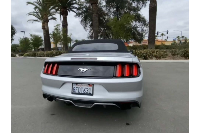 2017 Ford Mustang - Image 4