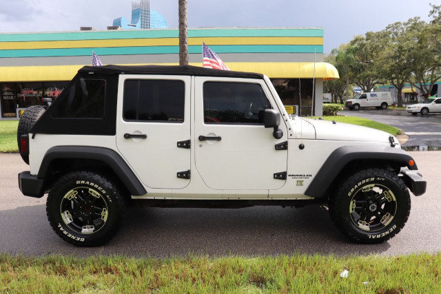 2008 Jeep Wrangler Unlimited - Image 12