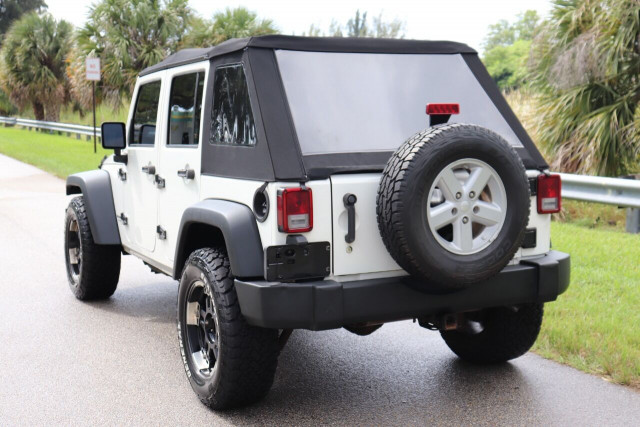 2008 Jeep Wrangler Unlimited - Image 16