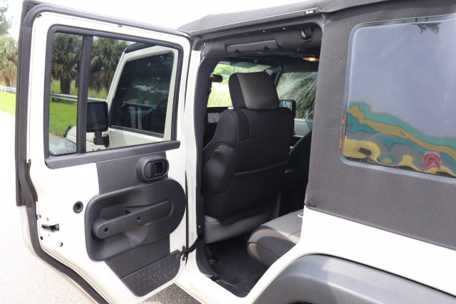 2008 Jeep Wrangler Unlimited - Image 29