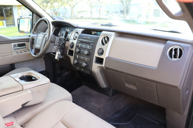2009 Ford F-150 - Image 25