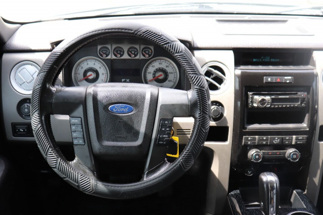 2010 Ford F-150 - Image 20